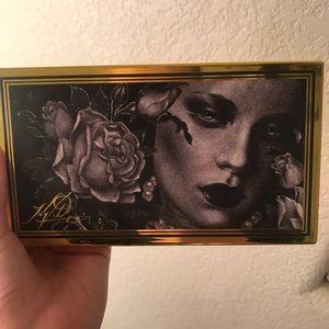 Kat Von D 10th Anniversary Palette